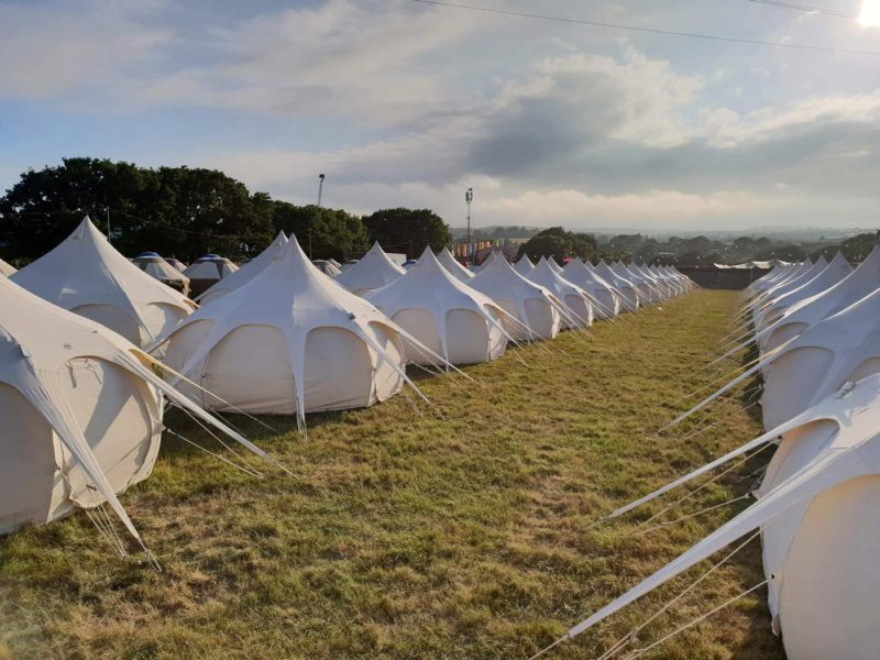luxury-camping-at-the-festival